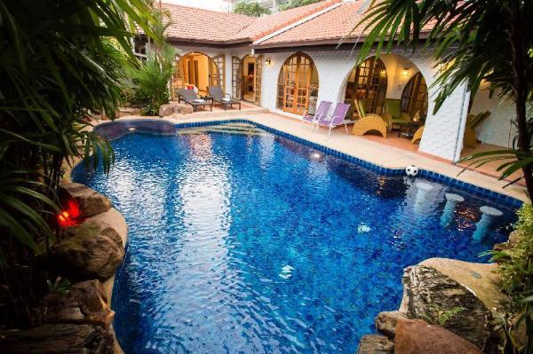 Grand Condo Wasana Pool villa300meter from beach Pattaya