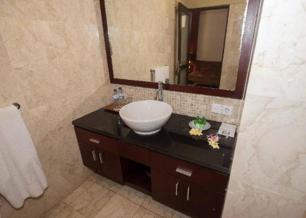 D'Kubu Legian Villa & Guest House