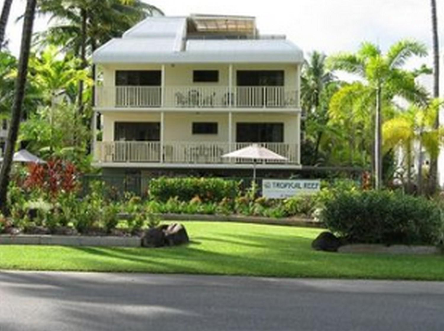 Seascape Holidays   Tropical Reef Apartments