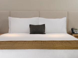 Crown Promenade Hotel Melbourne - Guest Room