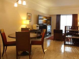 PNB Perdana Hotel & Suites On The Park Kuala Lumpur - Executive Club Floor - 2 Bedroom Premier Living Hall