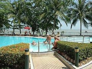 Tanjung Bungah Beach Hotel Penang - Swimming Pool