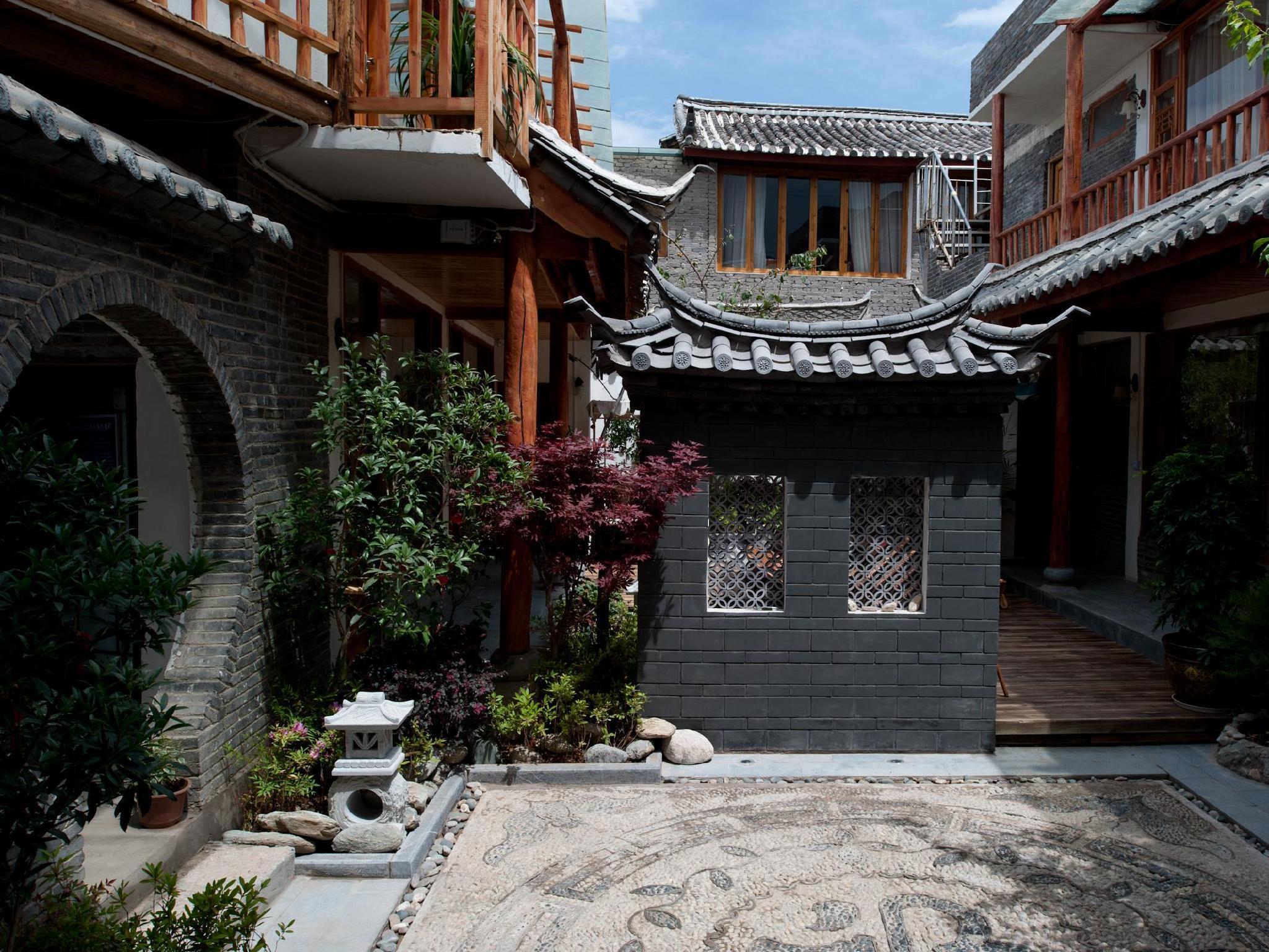 Lijiang Sky Staring Comfort Inn