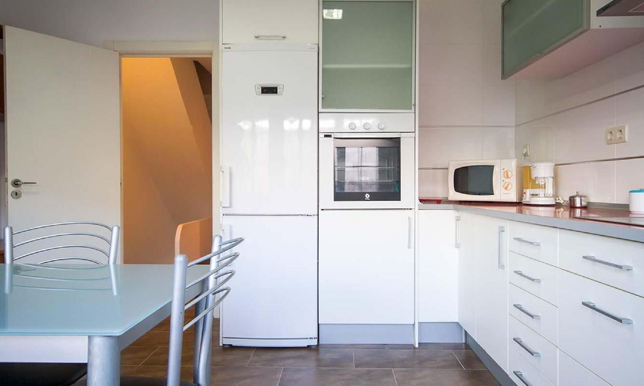 104619   House In Muros