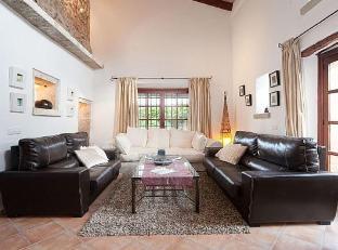 105825 - Villa in Pollenca