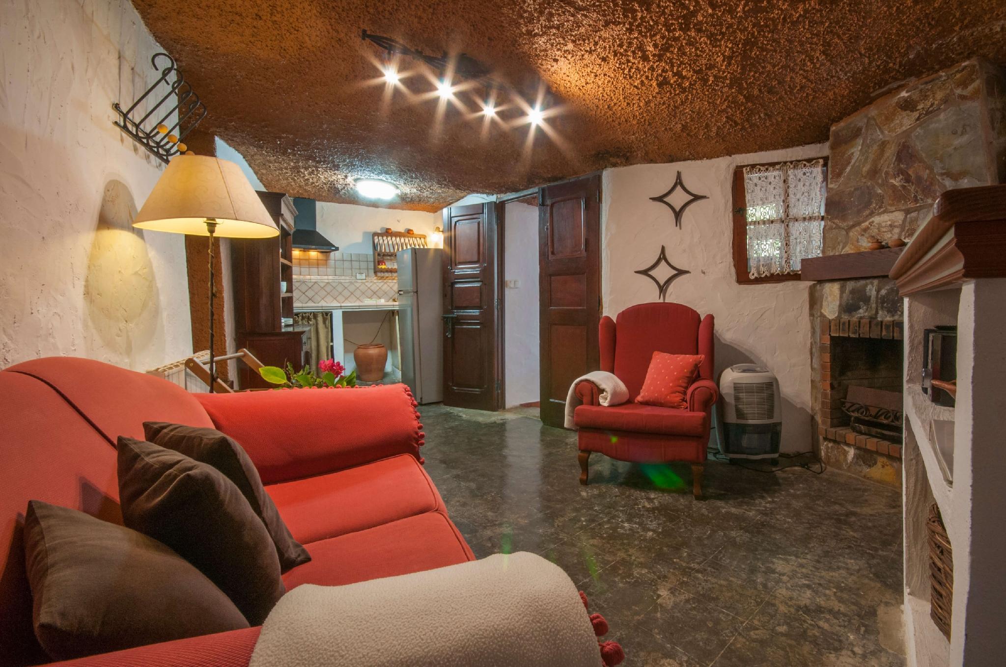 106783   House In Moya