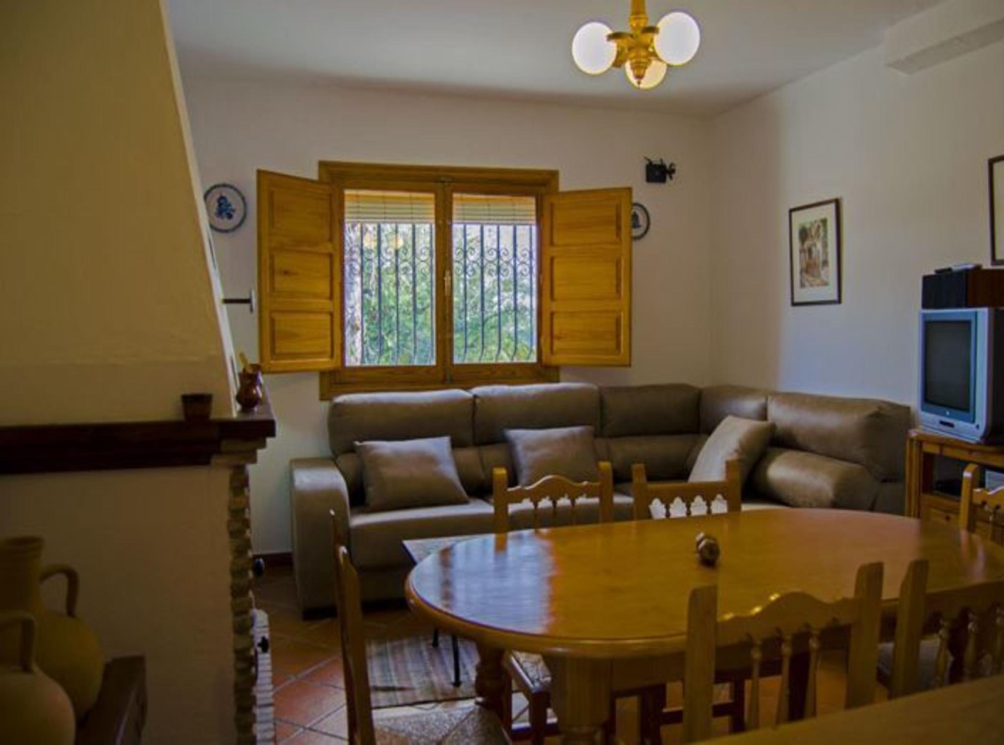 105796   Apartment In Alpujarra De La Sierra