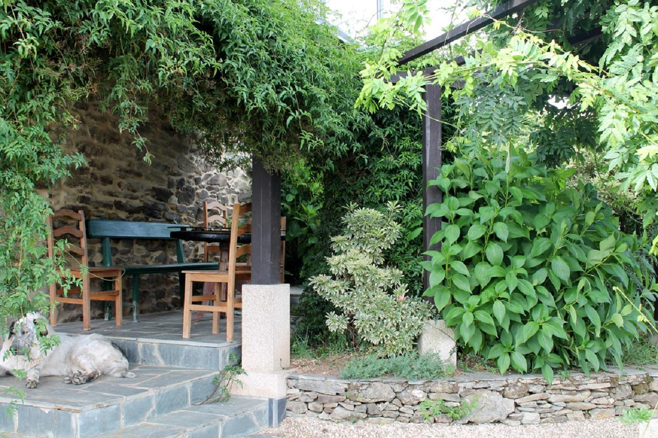 103359   House In Arz�a