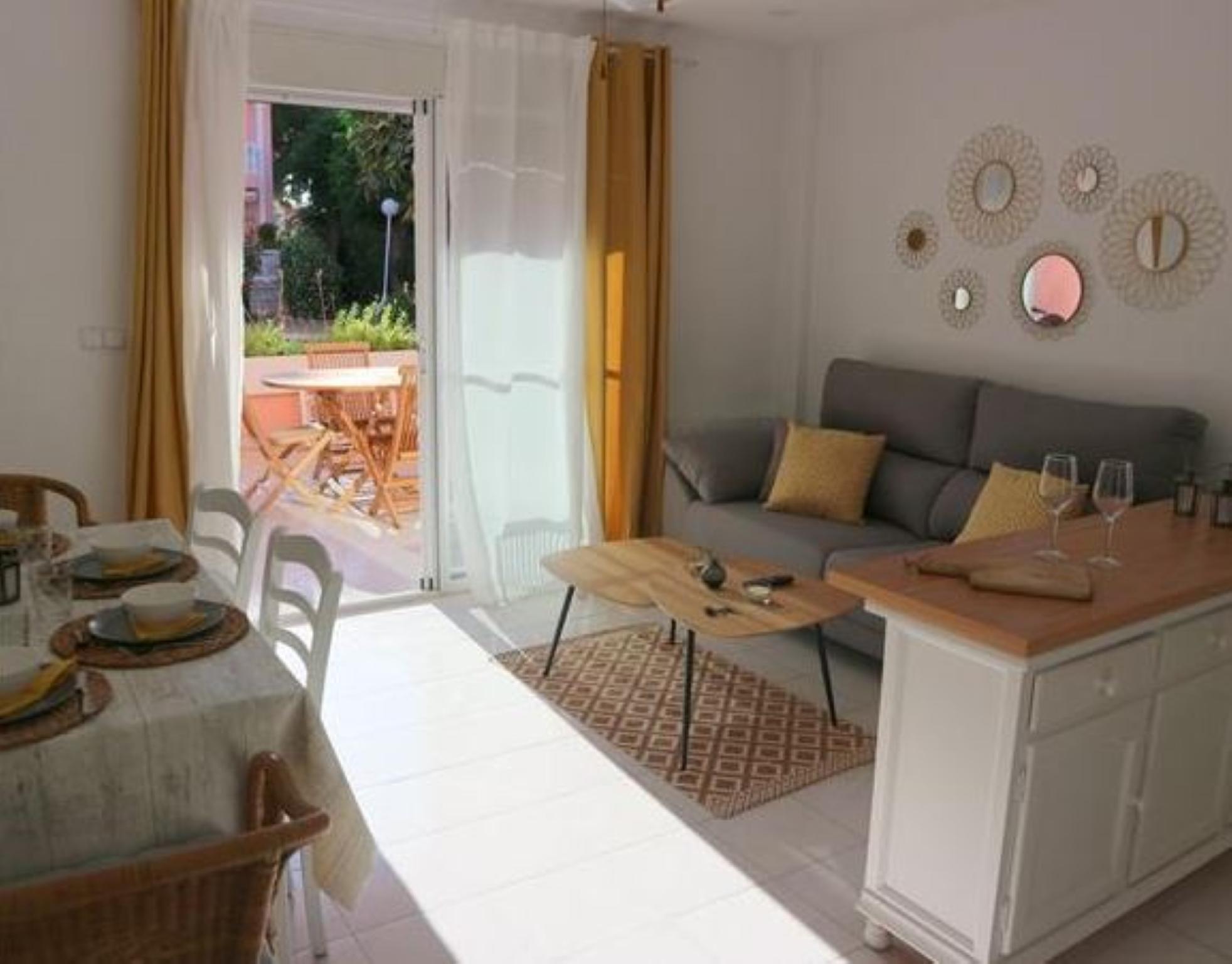 107011   Apartment In Denia