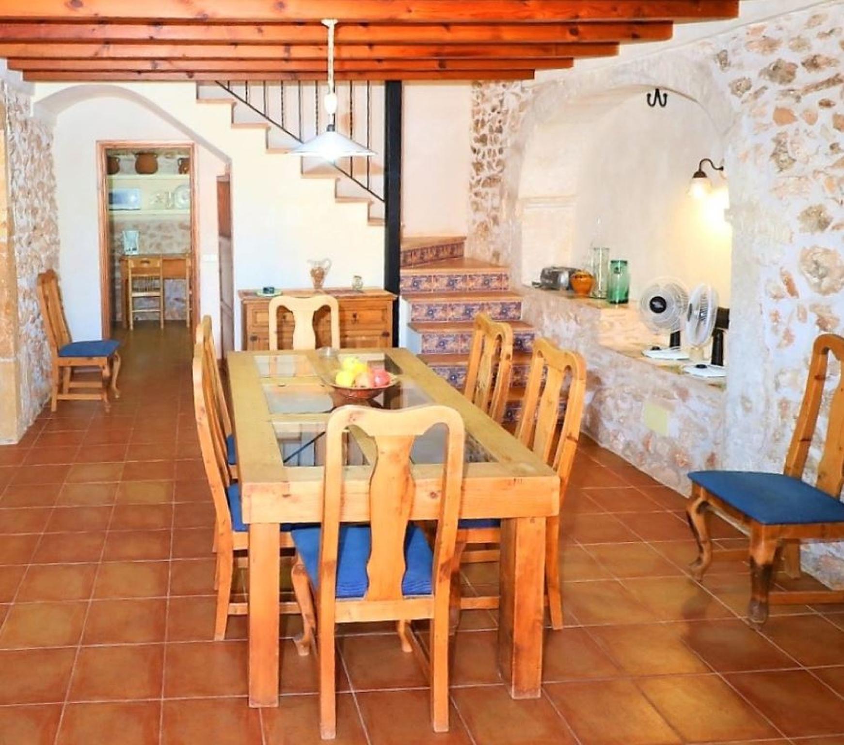 106376   House In Santany�