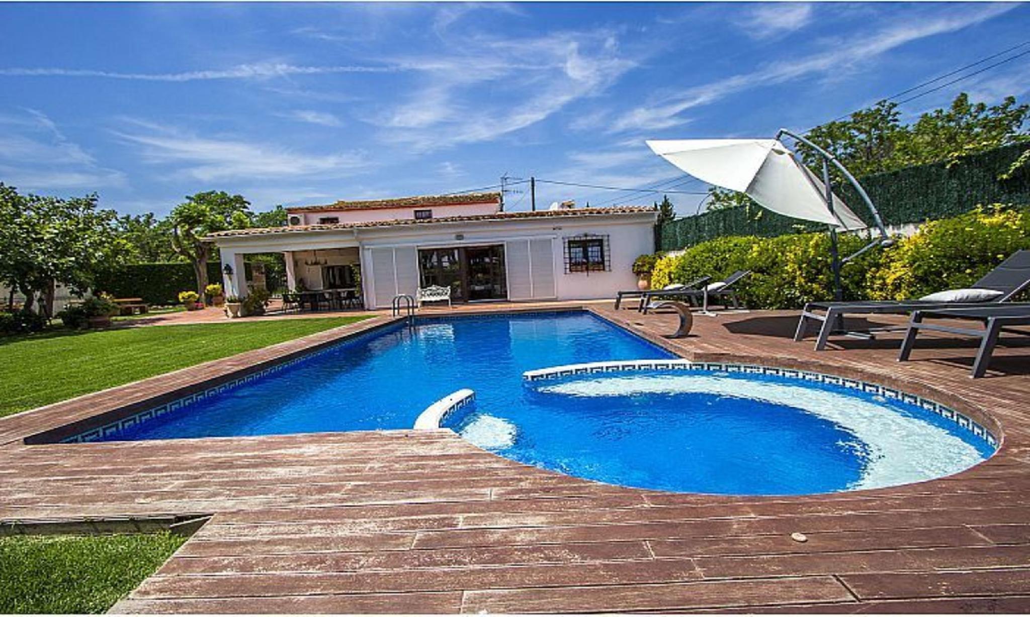 104640   Villa In Castell Platja D'Aro