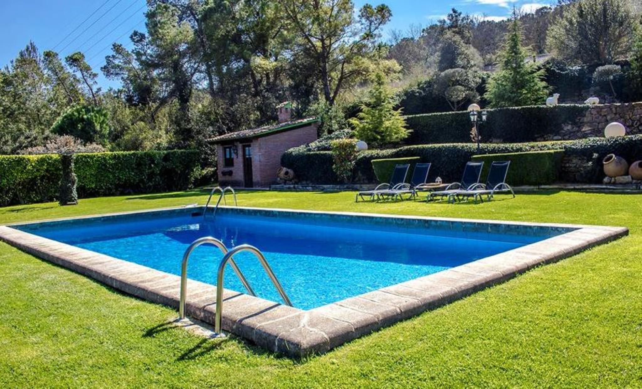 106009   Villa In Capellades