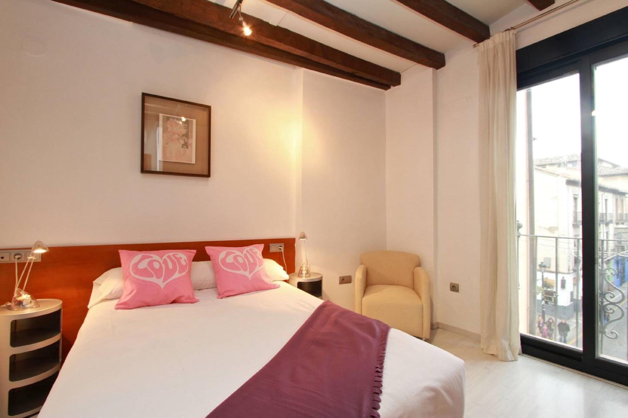 106967   Apartment In Granada