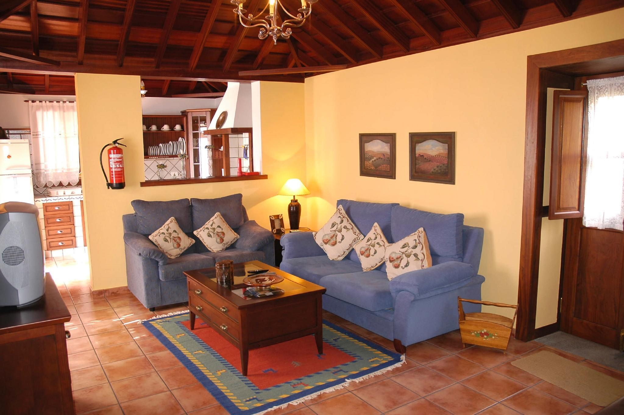 106866   House In Mazo