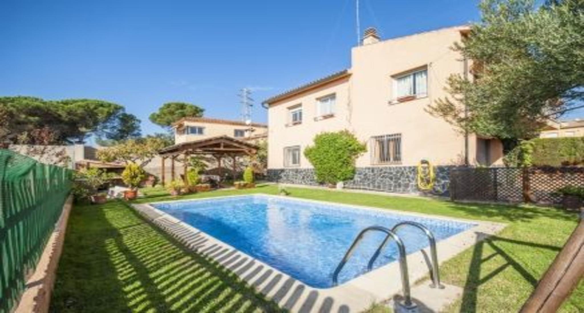 104023   Villa In Tordera