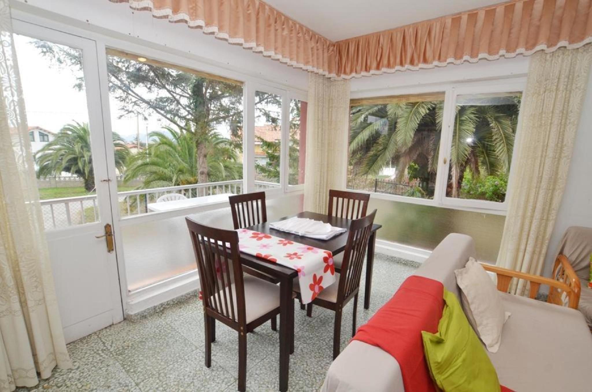 103662   Apartment In Isla