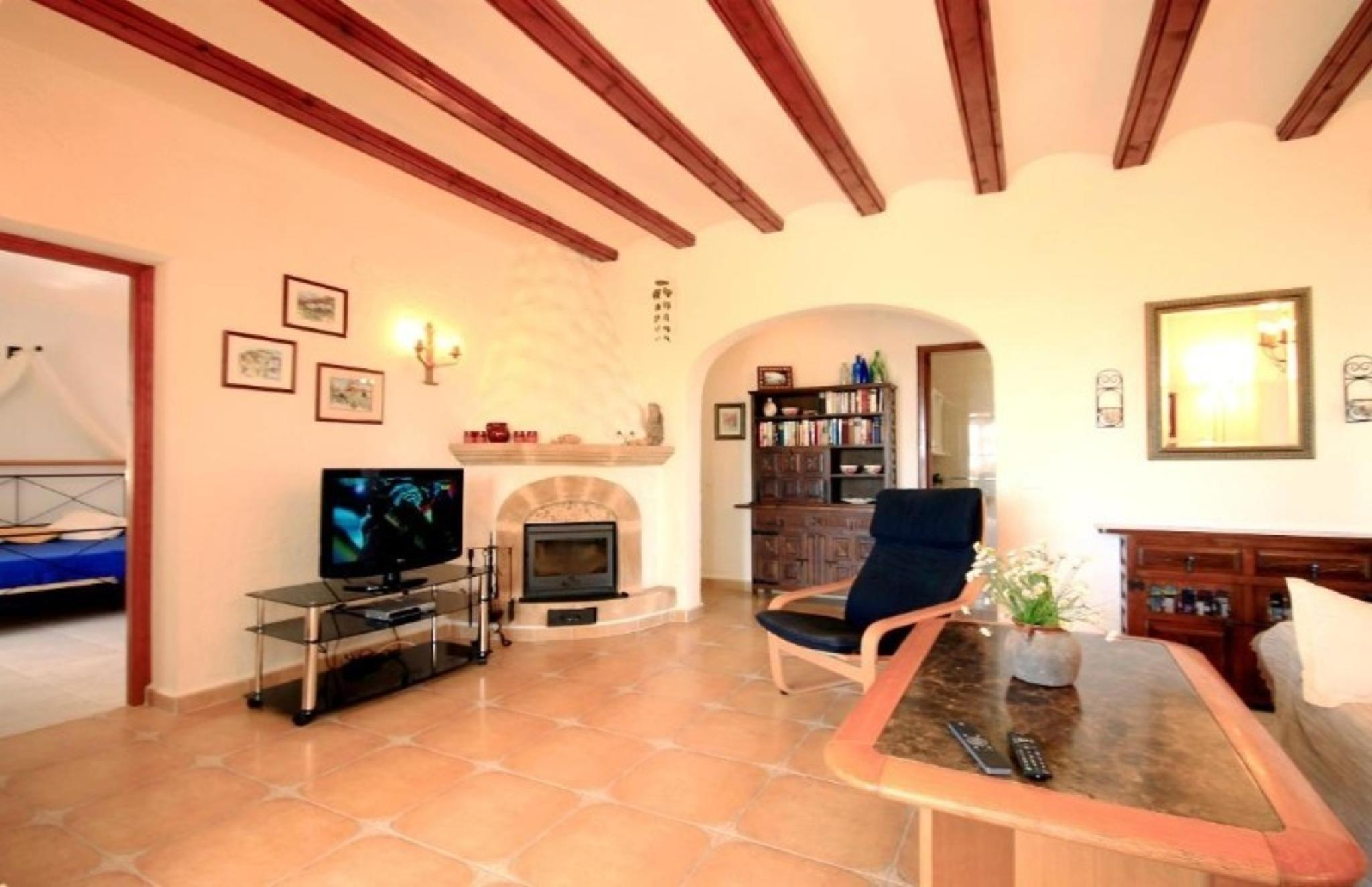 102750   Villa In X�bia