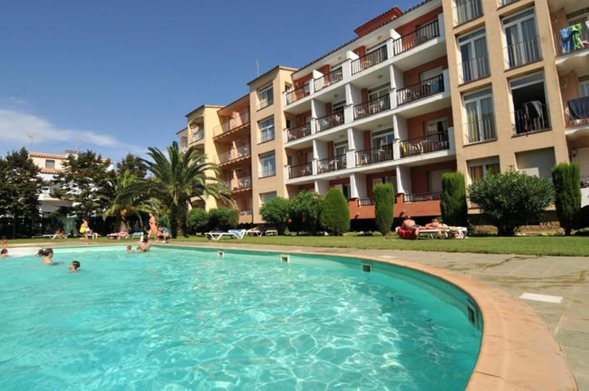 101880   Apartment In Empuriabrava