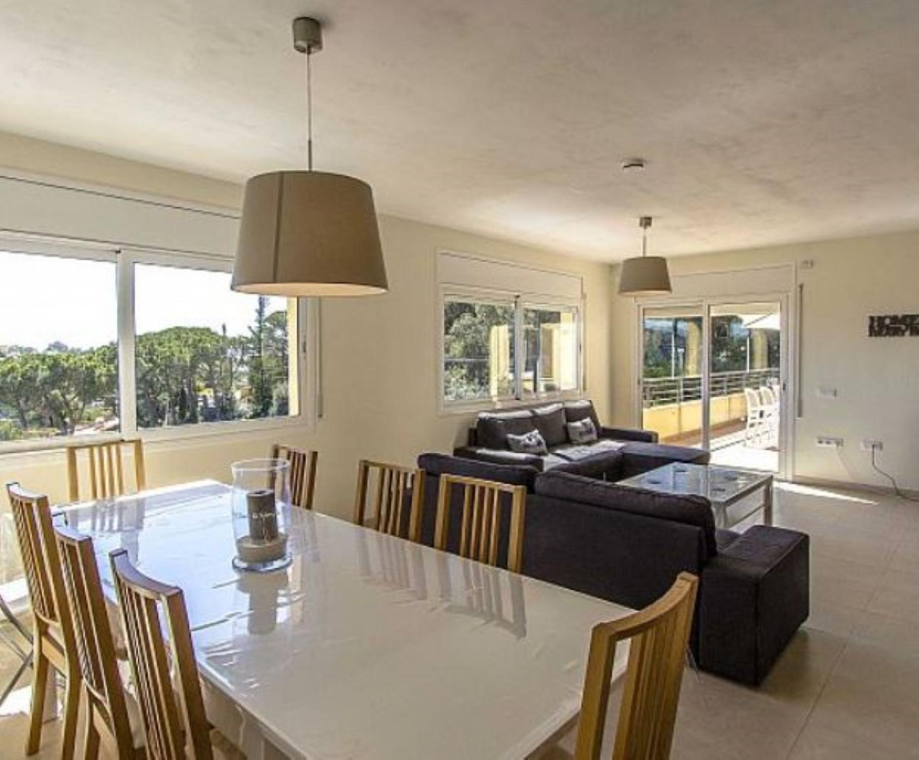 106765   Villa In Lloret De Mar