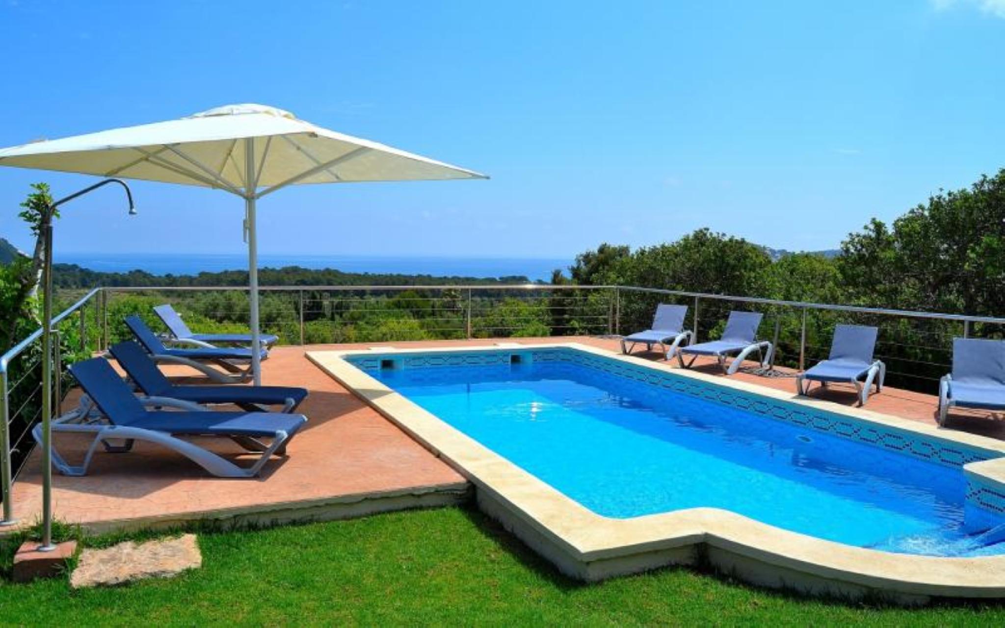 106051   Villa In Cala Agulla