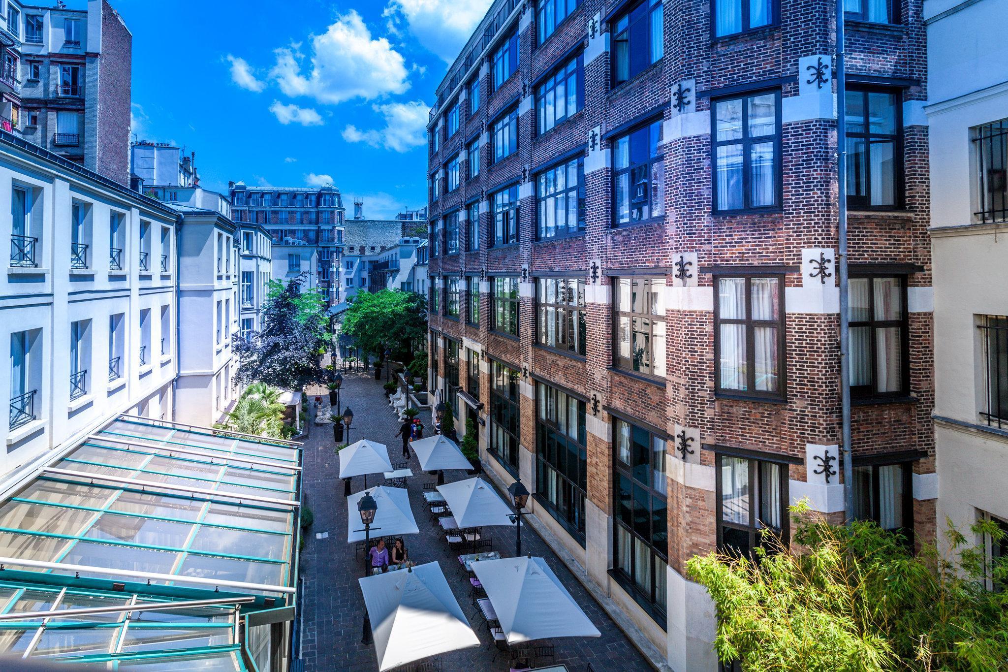 Les Jardins du Marais Hotel