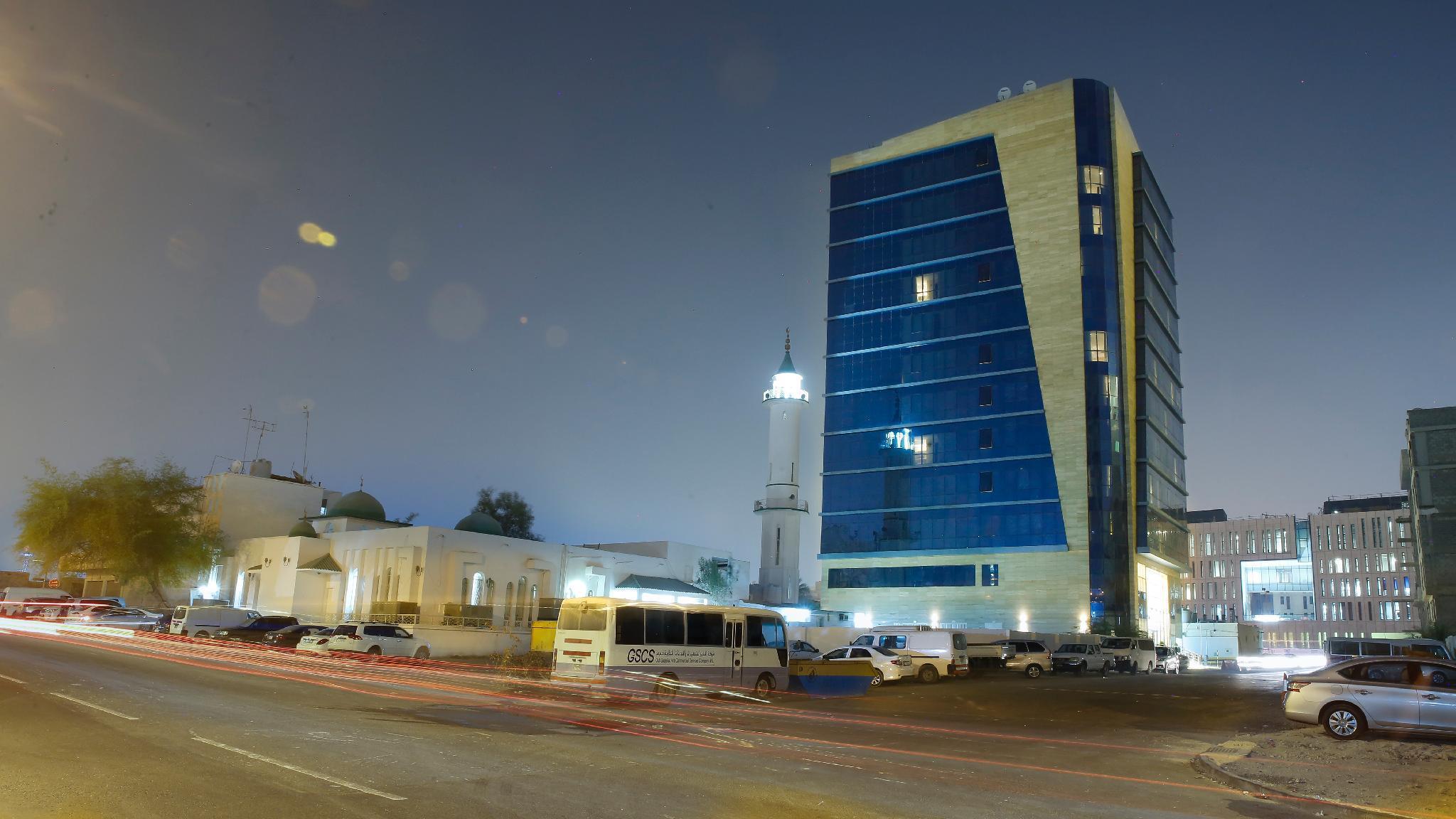 La Castle Hotel