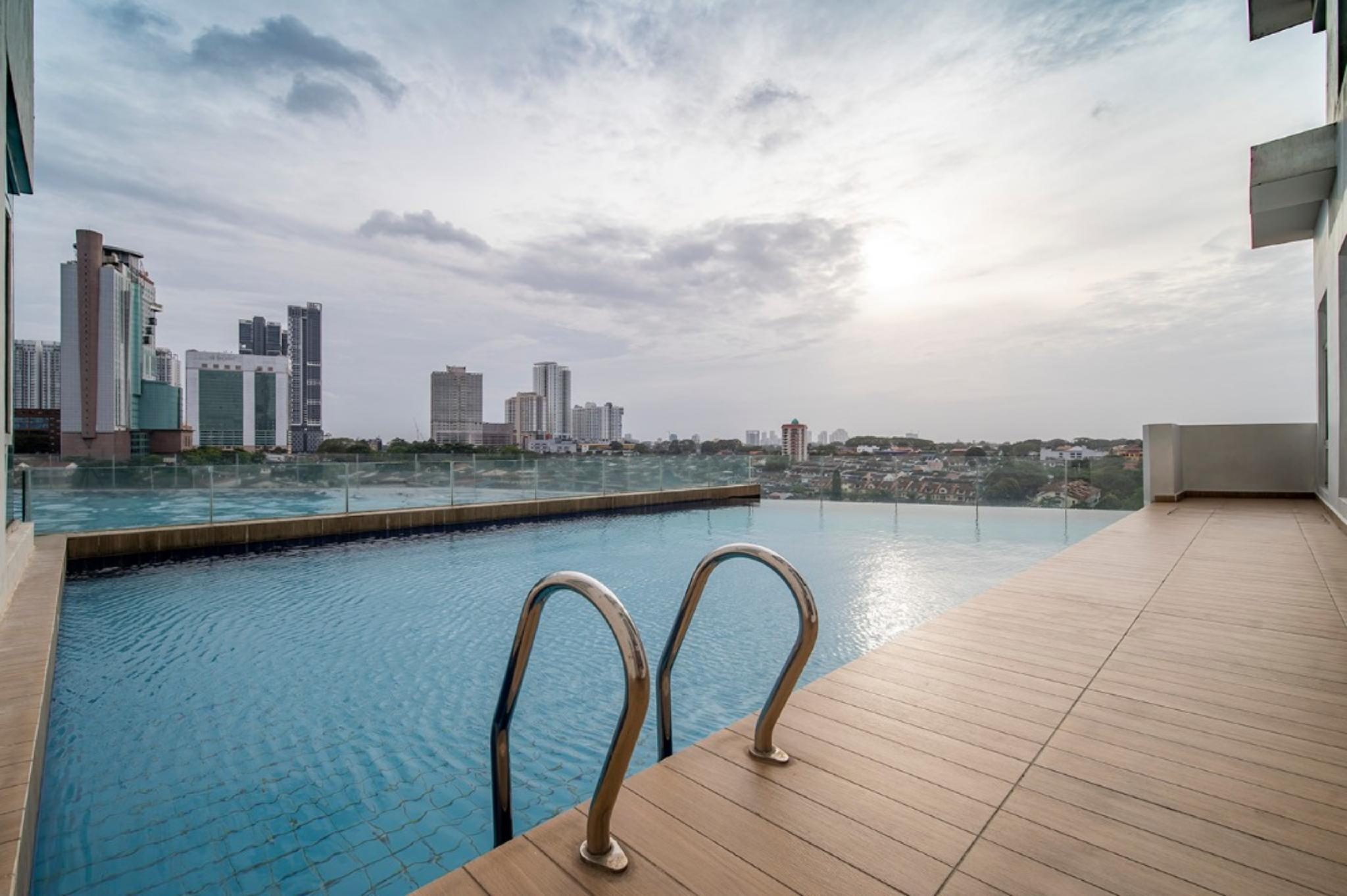 Signature Private Pool 14pax @ KSL By CCS Home
