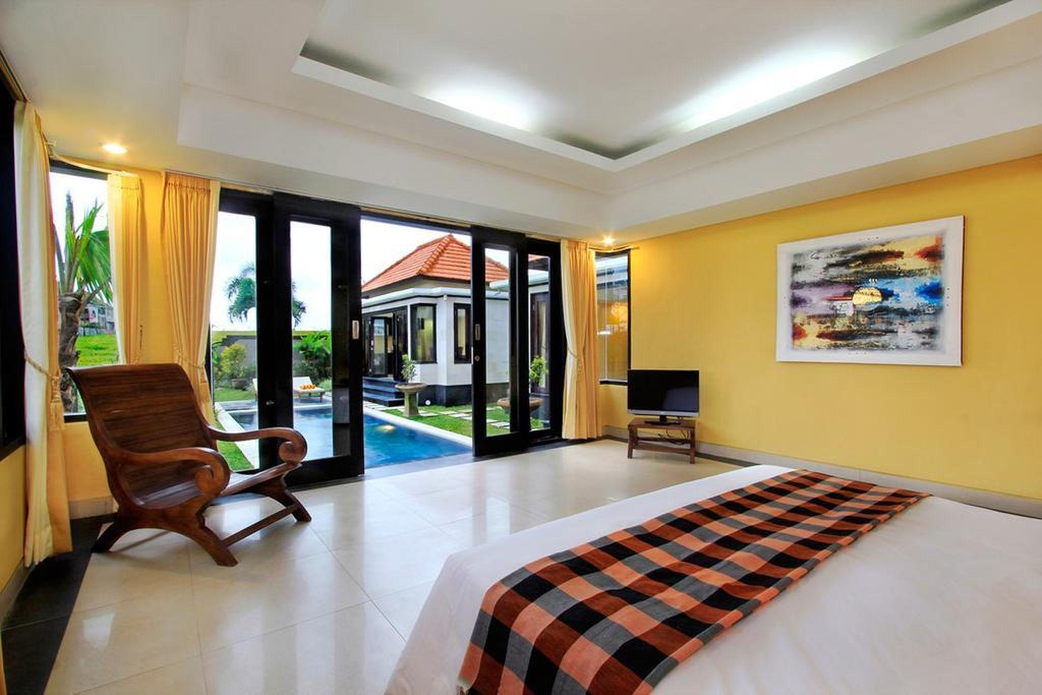 3 BDR Villa With Ricefield View In Canggu