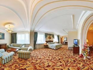 Alfa Hotel Izmailovo Complex Moscow - Suite Room