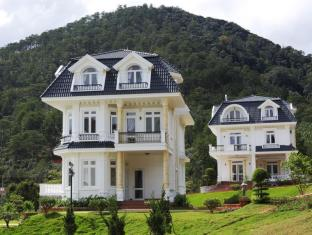 Alma Villa at Sacom Tuyen Lam Resort