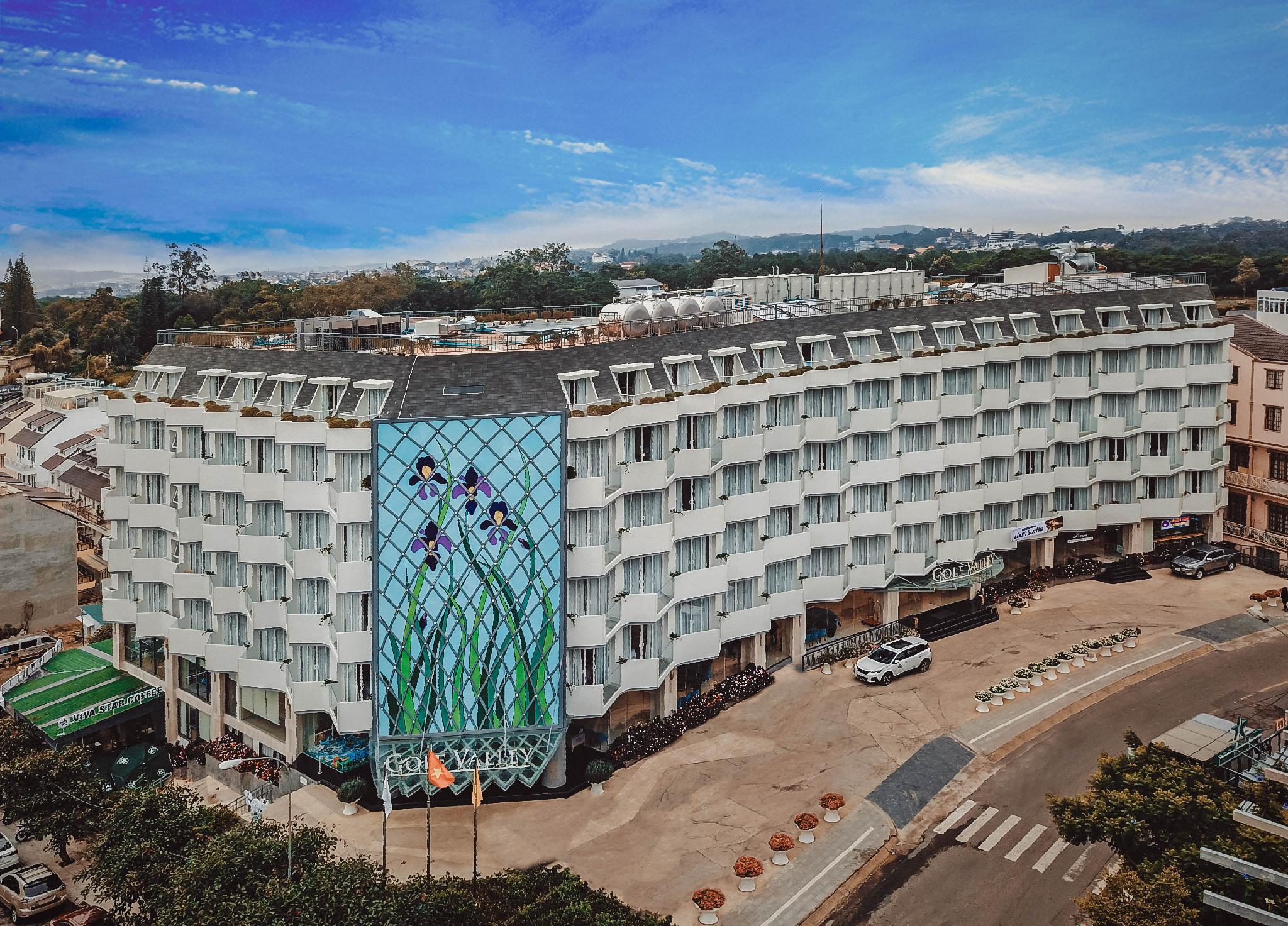 Golf Valley Hotel