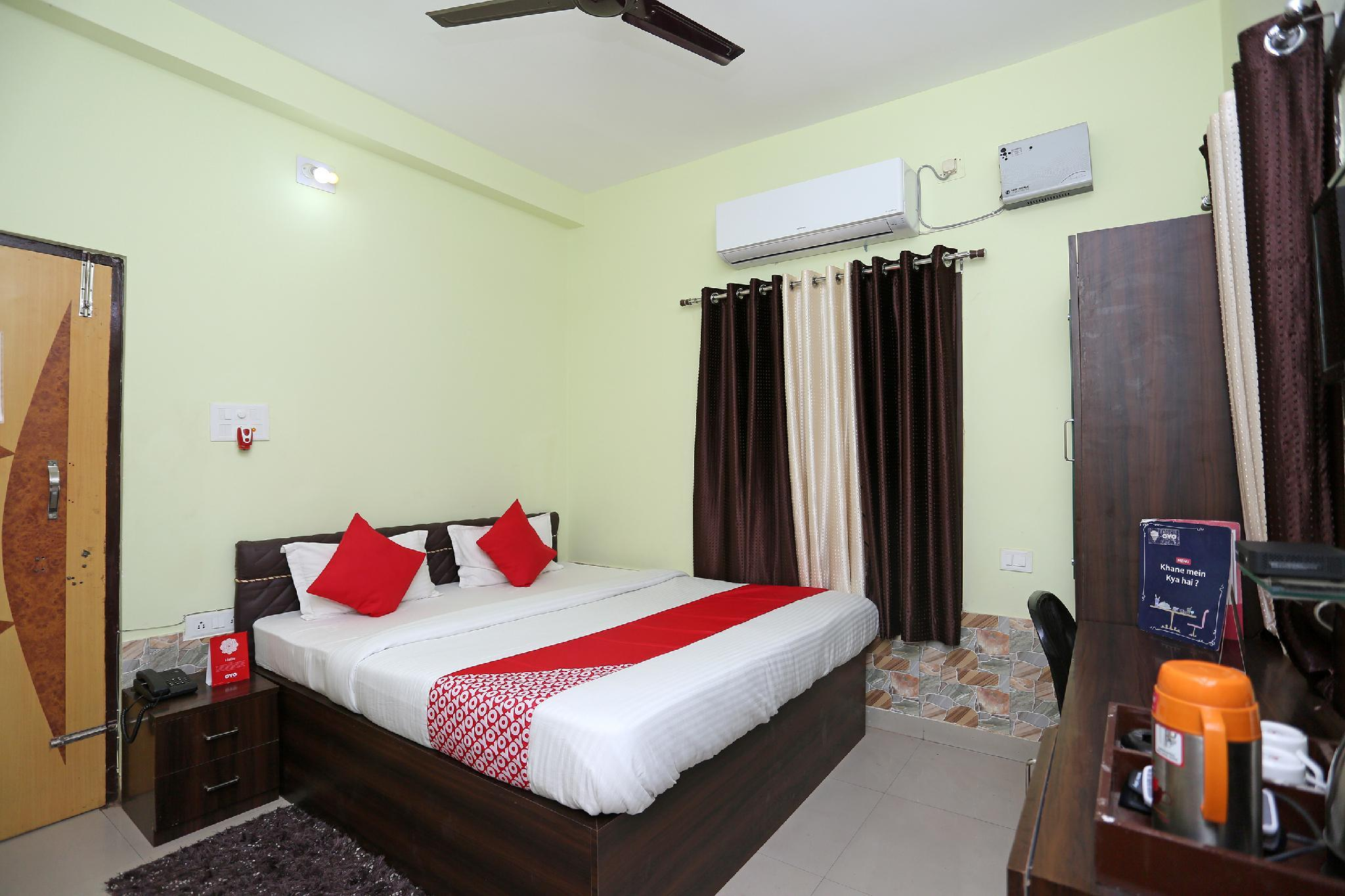 OYO 18417 Sri Hari Guest House