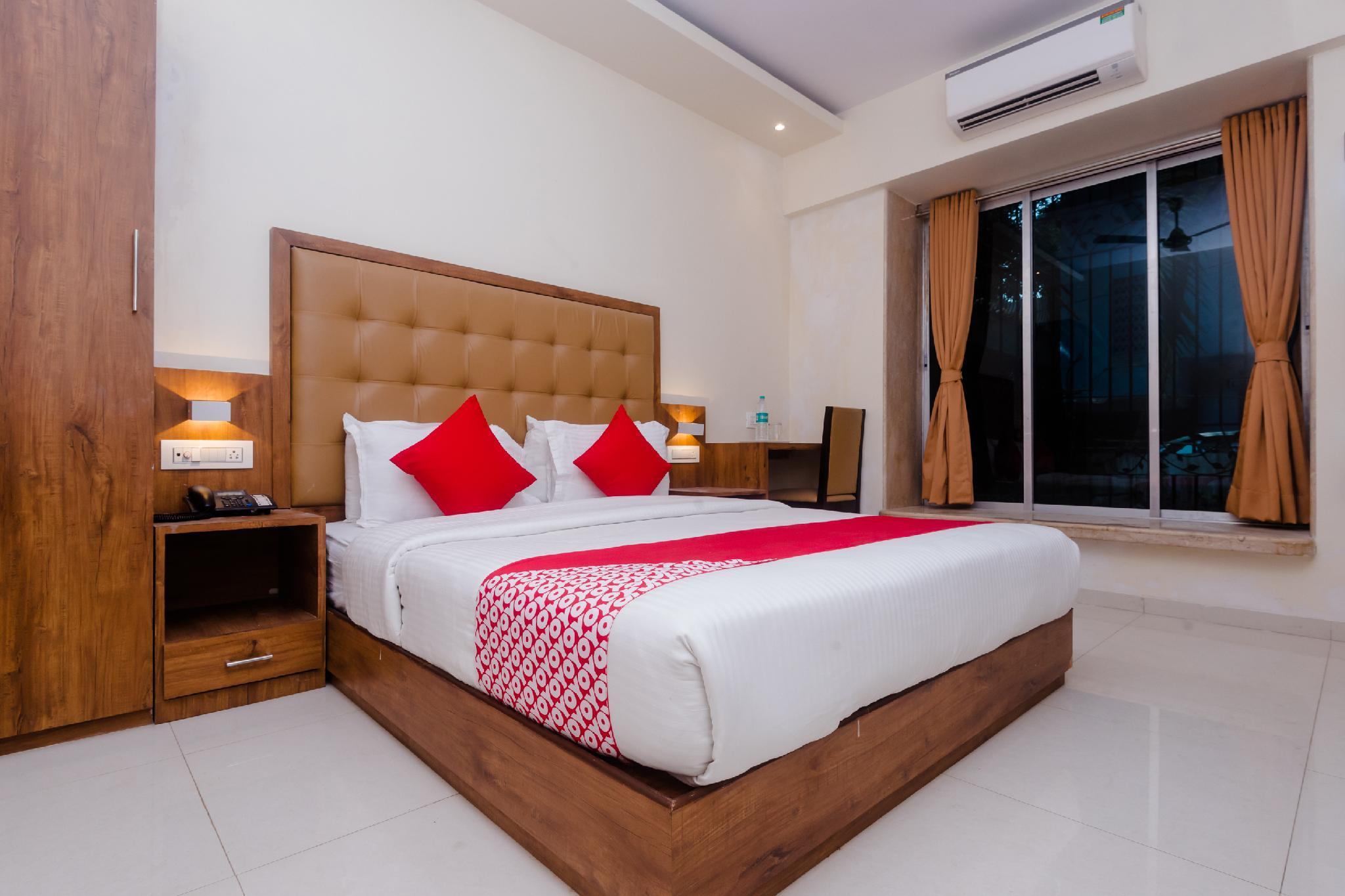 OYO 17028 Hotel Aviva Residency