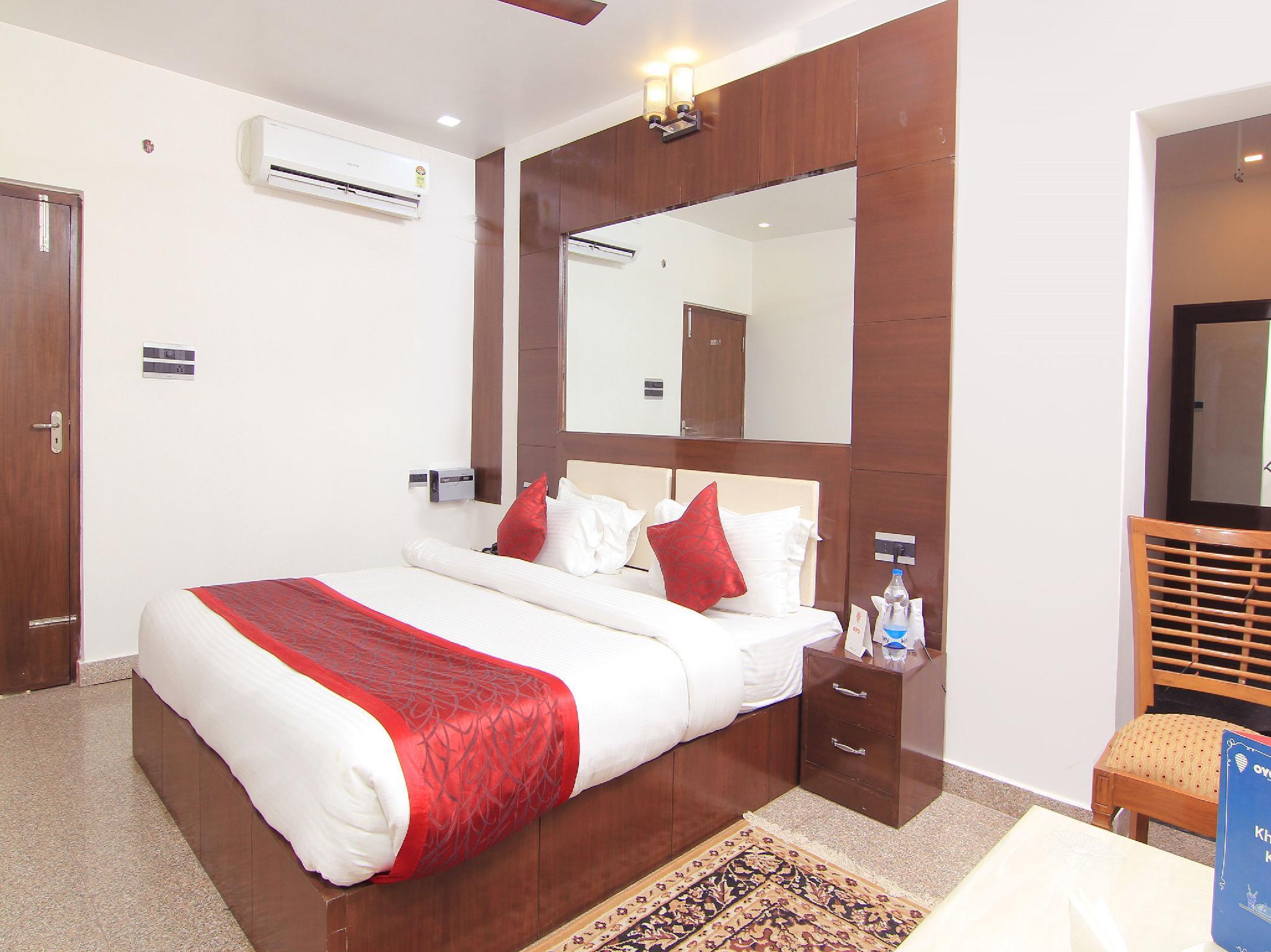 OYO 10073 Hotel Arsh Residency