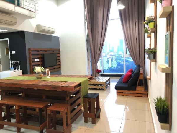 The Scott Garden Duplex by BookingHomeHotel Kuala Lumpur