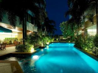 Jasmine City Hotel Bangkok - Swimming Pool