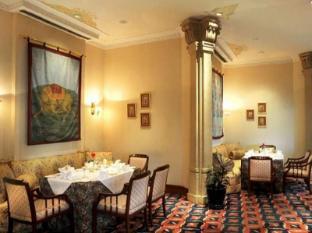 Rembrandt Towers Serviced Apartments Bangkok - Interior del hotel
