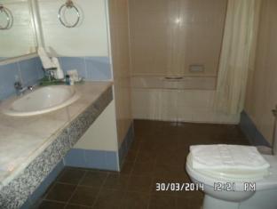 Royal Peninsula Hotel Chiangmai Chiang Mai - Bathroom