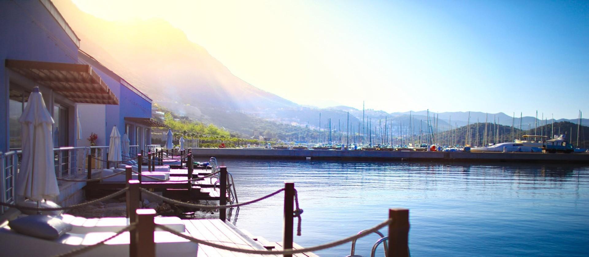 Doria Hotel And Yacht Club