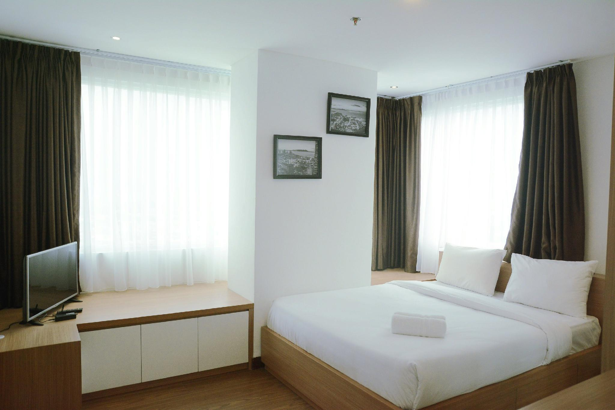 Best Price 2BR Gallery West Residence By Travelio