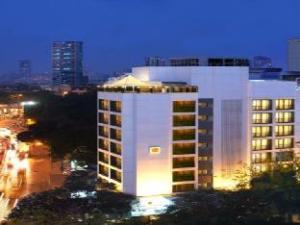 關於夏利馬爾飯店 (The Shalimar Hotel)