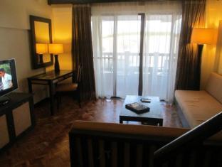 Cocoon 305-K @ Alta Vista de Boracay Hotel
