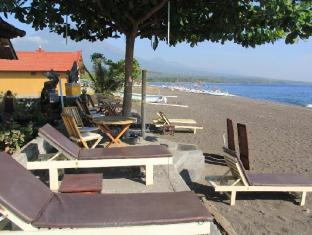 Volcano Beach Bungalows Amed