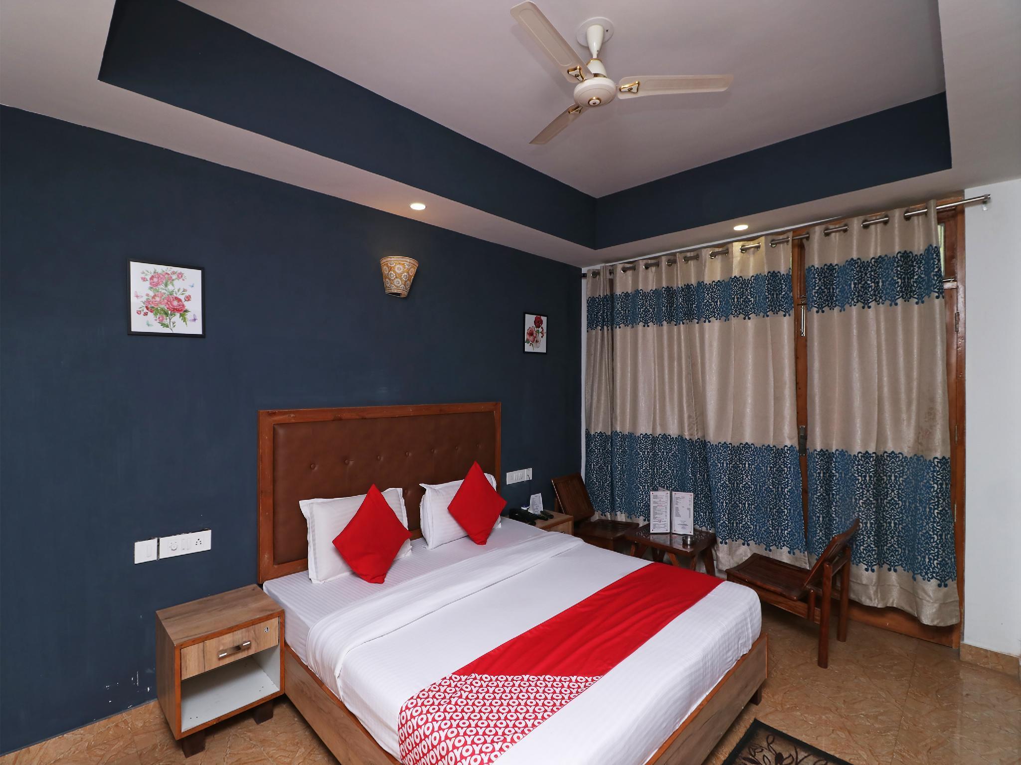 Capital O 4079 Nandini Homestay