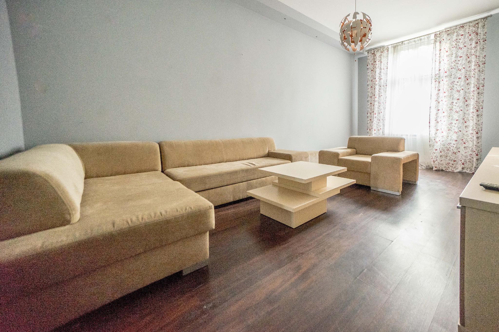 Samuel Apartment