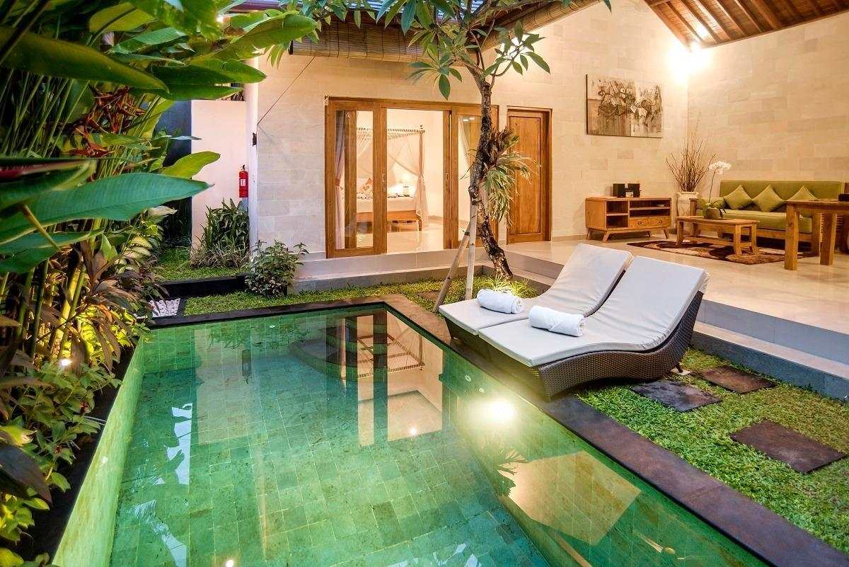 Private Villa For Couple Single Traveller Seminyak