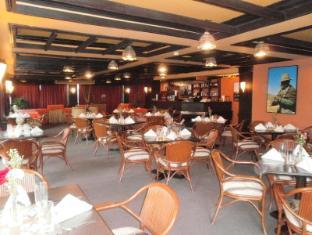 Days Hotel Mactan Island  Mactan Island - Santiago Restaurant