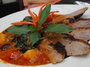 Yaang Come Village Hotel Chiang Mai - Essen und Erfrischungen