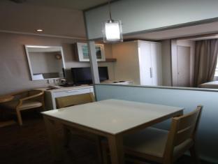 Human Touchville Yeoksam Residence Seoul - Kitchen