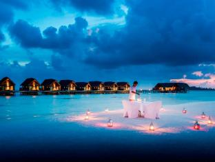 Cocoa Island by COMO Maldives Islands - Candlelit Beach Dinner